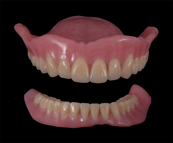 上下全口活動假牙 - 新竹光明牙醫